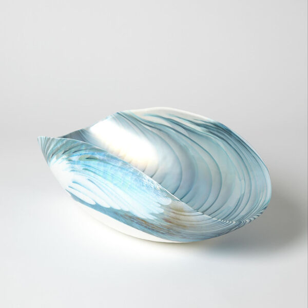 Ivory and Turquoise 10-Inch Feather Swirl Oval Bowl, image 4