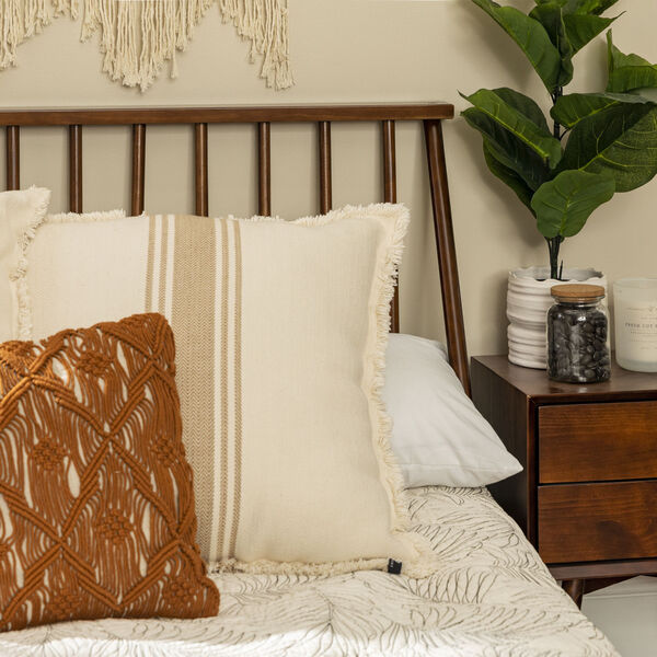 Queen Walnut Spindle Bed, image 5