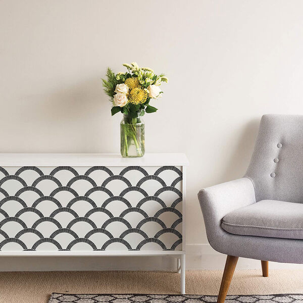 Mosaic Scallop Black and Cream 28 Sq. Ft. Peel and Stick Wallpaper, image 3