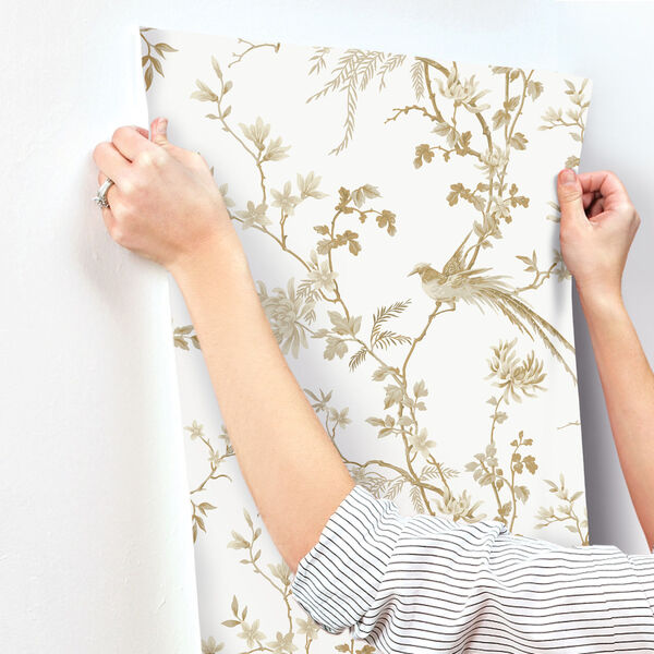 Ronald Redding 24 Karat White and Gold Bird And Blossom Chinoserie Wallpaper, image 3