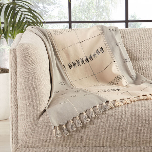 Nagaland Sekrenyi Tribal Cream and Taupe Hand-Loomed Throw, image 3