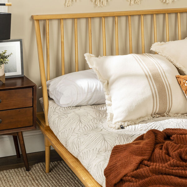Light Oak Queen Spindle Bed, image 6